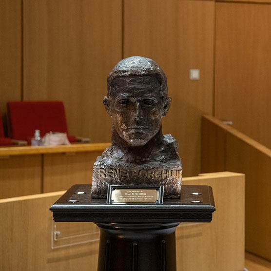 Dévoilement par S.A.S. le Prince Albert II du buste de René Borghini