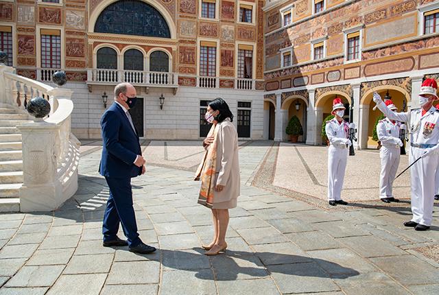 S.A.S. le Prince Albert II reçoit la Présidente de la Géorgie en audience au Palais