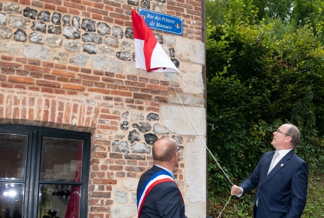 Visit of H.S.H. the Prince to Normandie and the Drôme