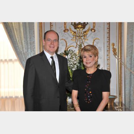 Remise des lettres de créance de S.E. Madame  Anaisabel PRERA FLORES Ambassadeur Extraordinaire et Plénipotentiaire de la République du Guatemala auprès de la Principauté de Monaco