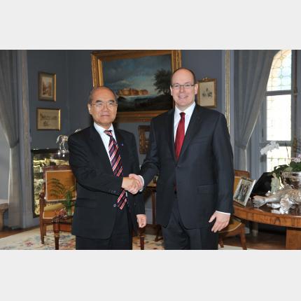 SAS le Prince Albert II a présidé la séance d'ouverture du Séminaire d'experts sur l'Arctique