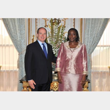 Remise des lettres de créance de S.E. Madame Maïmouna SOURANG NDIR, Ambassadeur Extraordinaire et Plénipotentiaire de la République du Sénégal auprès de la Principauté de Monaco