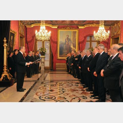 Remise de Décorations dans les Ordres de Saint-Charles et de Grimaldi par S.A.S. le Prince Souverain