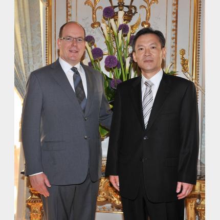 Remise des lettres de créance de S.E. Monsieur Heung-shin PARK