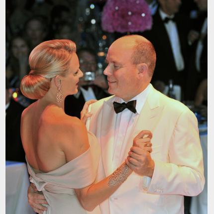 Wedding of the Prince Albert II : change in the date