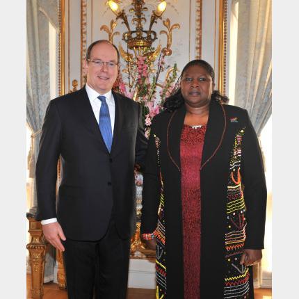 Cérémonie de remise des lettres de créance de S.E. Mme Dolana MSIMANG, Ambassadeur Extraordinaire et Plénipotentiaire de la République d'Afrique du Sud auprès de la Principauté de Monaco