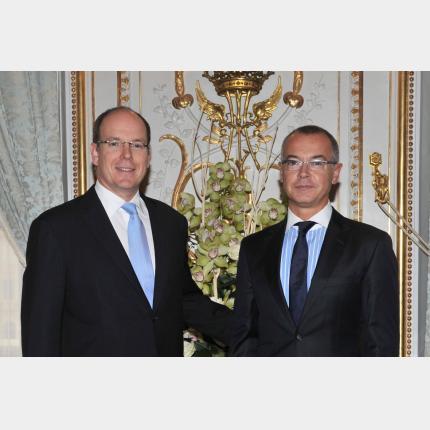 Remise de lettres de créance de S.E. M. Hugues MORET,Ambassadeur Extraordinaire et Plénipotentiaire de la République Française auprès de la Principauté de Monaco