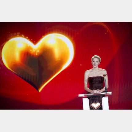 la Princesse Charlène reçoit la récompense Golden Heart à Berlin