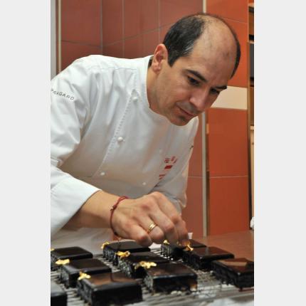 Le Chef Garcia , membre du Club Chefs des Chefs,a participé hier à la manifestation intitulée ''Cuisiner pour la Paix