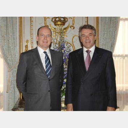 Remise des Lettres de créance de S.E. Sir Peter WESTMACOTT,  Ambassadeur extraordinaire et...