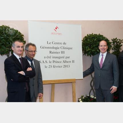 Visite des locaux rénovés du Service Pédiatrique du C.H.P.G. et inauguration du Centre Gérontologique Clinique Rainier III