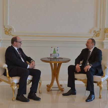 Réunion de travail du Prince Souverain avec le Président de la République d'Azerbaijan, M. Ilham Aliyev