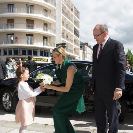 Déplacement de LL.AA.SS. le Prince et la Princesse de Monaco dans l'ancien comté de Carladès